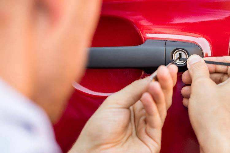 car-lockout-locksmith-services