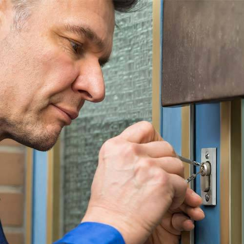 home-lockout-locksmith-services-brooklyn