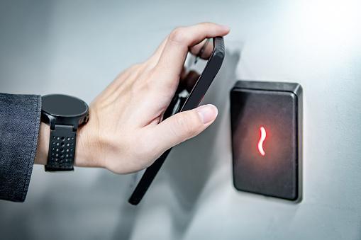 smartphone smart lock